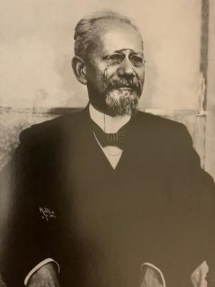 فرانسیسکو پائولا رودریگوس آلوز، رئیسجمهوری برزیل از آنفوآنزای اسپانیایی مرد