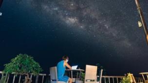 Dominic Chiu在峰牙-己榜夜空之下