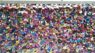 Memory locks on the Forth Road Bridge