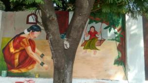 ప్రపంచ తెలుగు మహాసభల సందర్భంగా హైదరాబాద్ నగరంలోని ఒక గోడపై వేసిన వర్ణచిత్రం