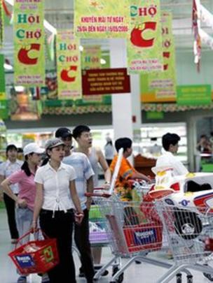 Các siêu thị Big C Việt Nam dần dần thay hàng Việt bằng hàng Thái