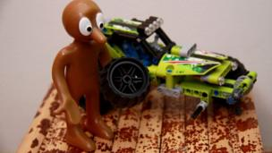 Morph and a toy car