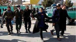 انفجار انتحاری آمبولانس در مرکز کابل