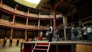 President Obama visits Shakespeare's Globe Theatre