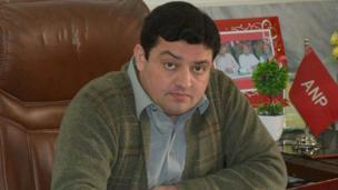 سرتاج خان