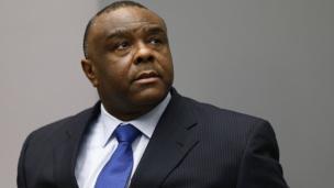 La CPI ordonne mercredi la libération de Jean-Pierre Bemba, ancien vice-président de la RDC. Il avait été condamné à 18 ans de prison pour crimes de guerre commis en RCA lors d'un premier jugement, puis a été acquitté en appel.