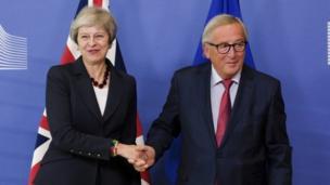 Theresa May n' Jean-Claude Juncker
