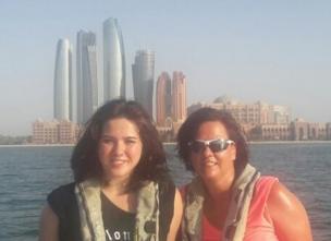 Keira e Karin Gross viajando nas férias