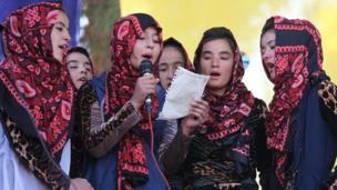 کارگاه شعر خوانی دختران