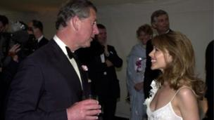 کائلی مینوگ پرنس چارلز کے ساتھ