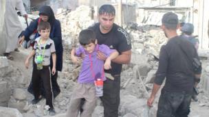 مدنيون في مناطق القتال