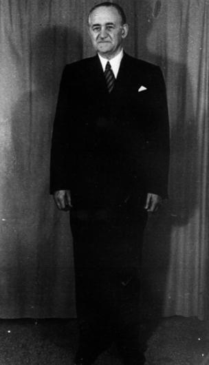 Məmməd Əmin Rəsulzadə Müsavat partiyasının lideri, AXC Milli şurasının sədri