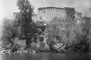 Lukhang Temple with Potala Palace in the background. Sir Charles Bell, Photograph, ca. 1921. (c) Pitt Rivers Museum, University of Oxford