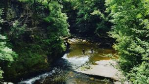 Clun Gwyn waterfalls