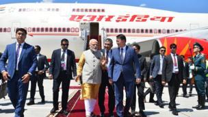 ШКУ жыйынына катышуу үчүн Индиянын премьер-министри Нарендра Моди дагы Бишкекке учуп келди
