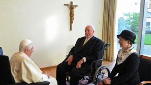 This file photo taken on September 24, 2011 shows Pope Benedict XVI (L) chatting with former German Chancellor Helmut Kohl (C) and his wife Maike Richter-Kohl (R) in Freiburg, southern Germany, on September 24, 2011