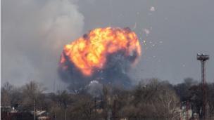 Взрываются склады с боеприпасами