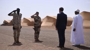 C'est la première visite hors d'Europe du président français.