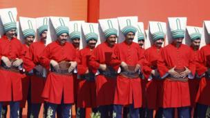 Miting programı TSK mehteran takımının konseriyle başladı.
