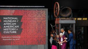 Acto inaugural del Museo Nacional de Cultura e Historia Afroestadounidense en Washington D.C.