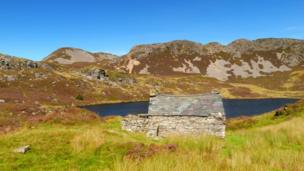 Fisherman's cottage at Llyn, by Peter Whitehead