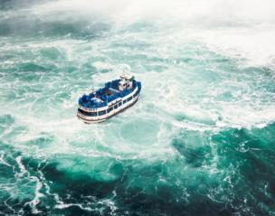 The boat at Niagara falls