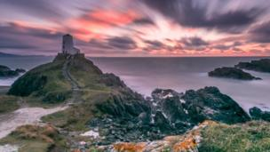 This view of Ynys Llanddwyn, on Anglesey, was captured by Sian Monument.