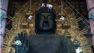 تمثال بوذا العظيم في اليابان