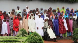 'Yan Matan Dapchi tare da Buhari