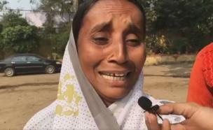 પોક મૂકીને રડતી મહિલા ખેડૂતની તસવીર