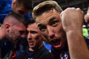 فرحة النصر غمرت لاعبي الفريق الكرواتي ومن بينهم المدافع جوزيب بيفاريتش