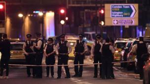 انتشار أمني مكثف بعد حادث دهس مصلين أمام مسجد شمالي لندن
