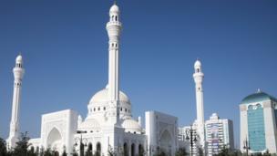 صورة للمسجد من الخارج