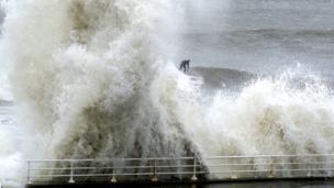 Waves at Aberystwyth