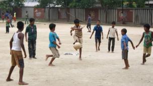 শিশুদের কাছে এখনো ক্রিকেটের চেয়ে জনপ্রিয় ফুটবল