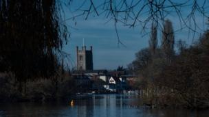 A moody evening shot of a church in Henley on Thames