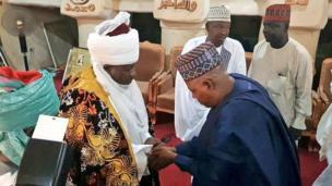 Fadar Sarkin Bauchi yayin da Gwamnan jihar Borno Kashim Shettima ya ka masa ziyara