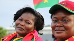 Les supporters et les supportrices burkinabè ne sont pas passés inaperçus. Djeneba Ouedraogo (à gauche) est une passionnée de sport. Elle a pratiquée depuis l'enfance le rugby et le football