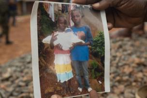"""""""C'est ma fille cadette Jeneba. Elle avait 6 ans"""", dit Yatta"""