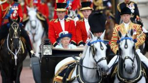 Close up of Daniel leading the Queen's carriage.
