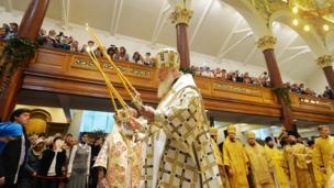 Патриарх в Успенском соборе Сурожской епархии