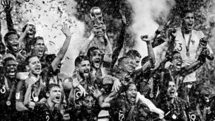 La France sacrée championne du monde de football 2018. Les bleus remporte leur deuxième trophée de l'histoire.