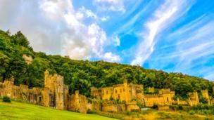 Eric Scadding took this picture of Gwrych Castle near Colwyn Bay. Would you like to see your photo featured? If you would like your picture to be included, email it to newsonlinepictures@bbc.co.uk with your details and information about how you came to take the image.