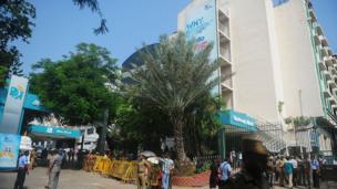 சென்னை கிரிம்ஸ் சாலையில் உள்ள அப்போலோ மருத்துவமனை