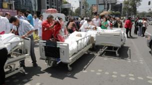 Pacientes na rua na Cidade do México