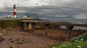 Boddam Bay lighthouse
