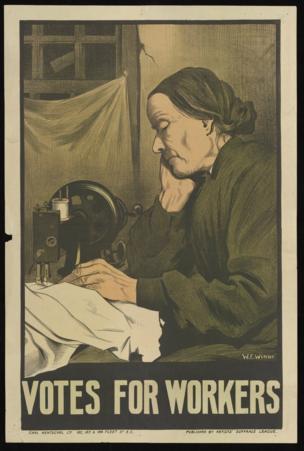 女裁缝在家工作