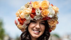 woman up in flower crown