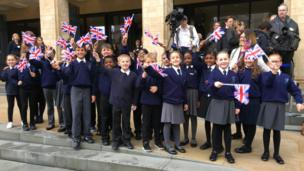 Pupils from Pegasus Primary School in Oxford wait for the duke at the Weston Library