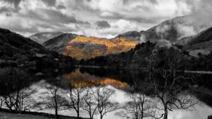 Jeff Handley sent us this incredible picture of the morning light catching the hills over Llyn Gwynant in Snowdonia.
